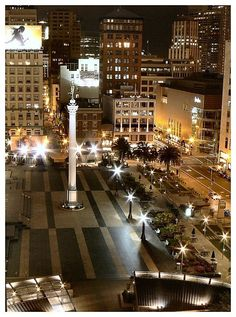 Union Square Illuminated, San Francisco, CA Copyright: Noogy Cruz