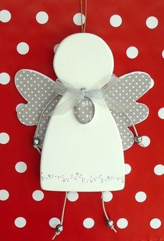 Naredi iz gline ali fimo, porisi in pobarvaj Christmas Love, Christmas Angels, Handmade Christmas, Crafts For Kids To Make, Diy And Crafts, Paper Crafts, Angel Crafts, Christmas Crafts, Christmas Ornaments
