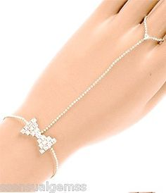 Silver Bracelet W Ring Attached Adjule Las Woman S Slave Crystal Bow