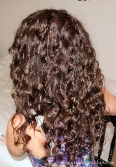 Textured Curls Hair Tutorial http://www.youtube.com/watch?v=VzWC_u-fnsk curly brunette volume hairstyle