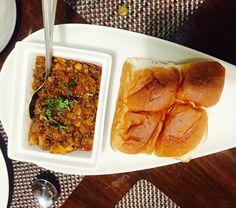Kheemapav in Parsi style at the Parsi restaurant -batlivala and khanaboy in chennai