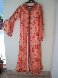 MARQUE INCONNUE Robes kaftan, djellaba http://www.videdressing.com/robes-kaftan-djellaba/marque-inconnue/p-614991.html?&utm_medium=social_network&utm_campaign=FR_femme_vetements_robes_614991