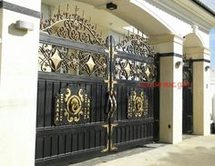 Iron gate art