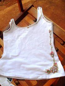 Gente, lindíssima essa blusa, vou entregar hoje para sua dona, ela ajudaou na idéia, amei mesmo, aliás tudo que eu faço eu corujo...