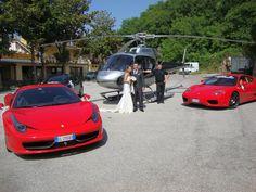 Un magnifico Elicottero circondato da una Ferrari 458 Italia e da una 360 Modena!!!