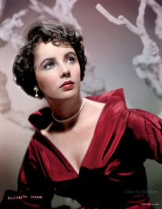 ELIZABETH TAYLOR, RUBY RED DRESS.THE HOKEY POKEY MAN AND AN INSANE HAWKER OF FISH BY CONNIE DURAND. AVAILABLE ON AMAZON KINDLE