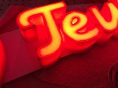 Lumifoam frontlit letters Neon Signs, Logos, Logo