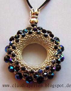 Alle meine Perlen-Pattern from Petra Tismer - Seed Bead Necklace, Seed Bead Jewelry, Bead Jewellery, Beaded Earrings, Beaded Bracelets, Necklaces, Bead Embroidery Jewelry, Beaded Embroidery, Beaded Jewelry Designs
