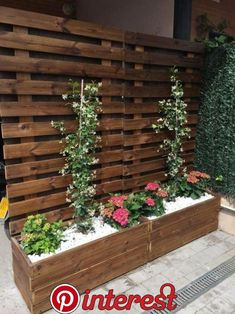 garden design Front planters - Affordable DIY Garden Planter Ideas For Beautiful Front Yard Design Backyard Patio Designs, Backyard Projects, Backyard Landscaping, Landscaping Edging, Patio Ideas, Diy Patio, Balcony Ideas, Porch Ideas, Backyard Ideas