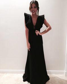 Вечерние платья 0 Source by Quarkmonster dresses fashion Elegant Dresses, Cute Dresses, Casual Dresses, Fashion Dresses, Formal Dresses, Dress Skirt, Dress Up, Fiesta Outfit, Look Formal