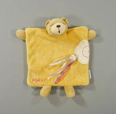 Doudou plat ours velours jaune abricot  Que du Bonheur  Kaloo