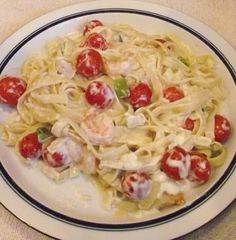 Healthy Shrimp And Pasta Alfredo Recipe - Genius Kitchen Healthy Pastas, Healthy Meals For Kids, Healthy Cooking, Healthy Eating, Healthy Recipes, Healthy Sauces, Healthy Foods, Seafood Recipes, Pasta Recipes