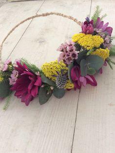 Bright Flower Crown, flowering wax, achillea, chrysanthemum, gum,