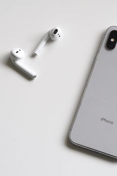 One of many great free stock photos from Pexels. This photo is about smartphone, technology, wireless Iphone 3, Iphone Cases, Ipad, Leica, Telephone Smartphone, Macbook, Headset, Xbox, Airpods Apple