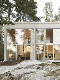 Six Walls House in Boo, Sweden byArrhov Frick Arkitektkontor | http://www.yatzer.com/six-walls-house-arrhov-frick-boo-sweden photo © Mikael Olsson.