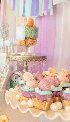 Daisy Pink Cupcake: Mermaid or Pink Lemonade Party??