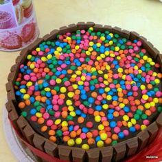 Kit Kat cake  #cake #chocolate #chocolatecake #kitkat #kitkatcake