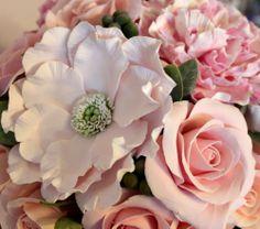 японский пион из букета в красной вазе Clay, Deco, Rose, Flowers, Plants, Clays, Pink, Decor, Deko