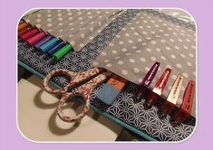 Pretty tutorials for beautiful gifts 3 - sewing Sewing Online, Coin Couture, Baby Family, Beautiful Gifts, Louis Vuitton Damier, Sunglasses Case, Boutique, Pretty, Pattern