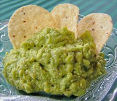 I made this clone to taste as close to Taco Bell Guacamole as I could. I obtained a can with the ingredients list and this is the end results. Copycat Recipes, My Recipes, Vegan Recipes, Favorite Recipes, Taco Bell Recipes, Mexican Food Recipes, Ethnic Recipes, Yummy Appetizers, Appetizer Recipes