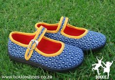 Shweshwe shoes by Bokkie. Fabric Names, African Fabric, Fabric Design, Baby Dolls, Diamond, My Style, Trending Outfits, Lady, Unique Jewelry