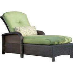 Samantha Wicker Chaise Lounge in Cilantro