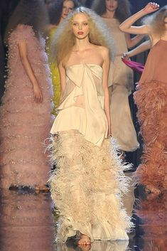 Sonia Rykiel Spring 2009 Ready-to-Wear Fashion Show Collection
