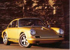 gold 911 R replica