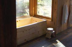 Hinoki bathtub