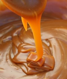 Salted Caramel Recipe ~ smooth and silky, salty and sweet... Its easy to make and can be bottled in pretty jars as a gift, or can be stored for the making of future instant desserts or toppings.