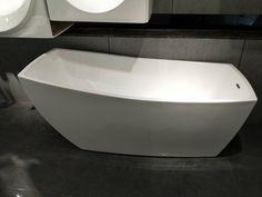 Cada freestanding, cu montaj pe pardoseala, de la producatorul Super Spa, model Q-361S, disponibila cu dimensiuni de 170x80 cm, fabricata din acril, culoare alb. Bathtub, Bathroom, Model, Standing Bath, Washroom, Bathtubs, Bath Tube, Full Bath