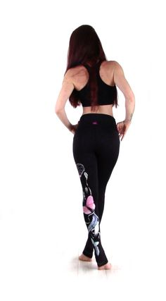 My YogaLeggings on www.yowhee.eu Leggings, Yoga, Sporty, Pants, Dresses, Style, Fashion, Self, Trouser Pants