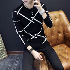 fall and winter 2018 thickening men sweater youth warm round collar sweater Cultivate one's morality striped sweater Stylish Mens Outfits, Casual Outfits, Best Casual Shirts, African Dresses Men, Mens Fashion Suits, Winter Sweaters, Mens Sweatshirts, Shirt Style, Ideias Fashion