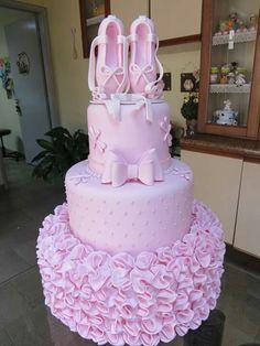 Niver julia Ballerina Birthday Parties, Ballerina Party, Birthday Cake Girls, Princess Birthday, Baby Birthday, Ballet Cakes, Ballerina Cakes, Ballerina Baby Showers, Baby Girl Shower Themes