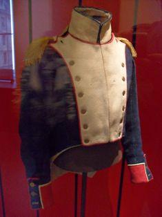 Habit-veste de voltigeur du 37e Régiment d'Infanterie de Ligne au Musée de l'Armée.