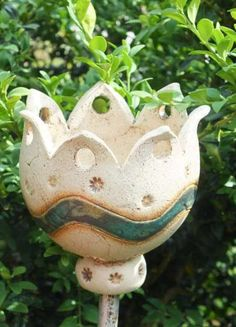 http://de.dawanda.com/product/47942118-Gartenfackel-Windlicht-Gartenkeramik-Keramik-Unika