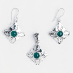 Set cercei și pandantiv Nashik, argint și onix verde, India #metaphora #jewellery #jewelryset #silver #earrings #greenonyx #onyx #india