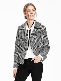 Like the colors, the cut and the length. Banana Republic has historically had a strong fall collection & I am excited to see the entire fall 2016 collection in stores!