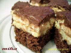 Prajitura cu biscuiti, poza 1 Cooking Bread, Romanian Food, Eclairs, Like A Boss, Something Sweet, Sorbet, Cheesecakes, Cake Cookies, Biscuit