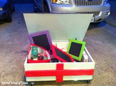 Second Wind of Texas: Gifts You Can Make in a Day!  chalk boards from recycled cabinet doors and chalk paint.