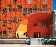 Como o laranja, tonalidade do ano segundo a Pantone, aparece na casa