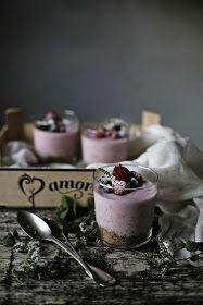 Pratos e Travessas: Cheesecakes de morango e queijo fresco # Strawberry and fresh cheese cheesecakes