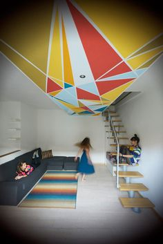 Soffitto decorato dalla giovane designer Lucia Andrea Forni