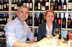 Nos gusta que nuestros clientes se sientan como en casa. ¡Os esperamos en la próxima visita a Sevilla!