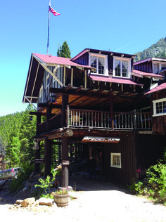 """The Baldpate Inn in Estes Park, Colorado is modeled after the inn from the mystery novel """"Seven Keys to Baldpate."""" One @usatoday 's Top Quirky Hotels in the US."""