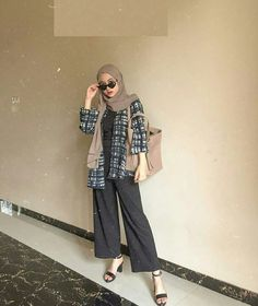 Modest Fashion Hijab, Modern Hijab Fashion, Street Hijab Fashion, Casual Hijab Outfit, Hijab Fashion Inspiration, Hijab Chic, Muslim Fashion, Trendy Fashion, Casual Outfits