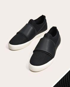 c65fb79a6806 7 meilleures images du tableau chaussures garçon à vendre