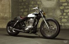 Super tight restyle of a Suzuki savage. By French builders Husz.