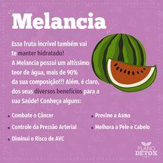Melancia é uma delícia!   E faz muito bem para nossa saúde, hidrata e nutre e ainda previne algumas doenças! >>> http://vivabemonline.com/plano-detox-rosi-feliciano-funciona/