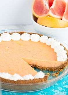 Grapefruit Pie - sweet and tart grapefruit pie inspired by key lime pie. This pie is incredibly creamy and delicious!